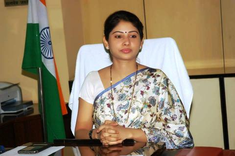 The equalizing of the Central government Employees with the IAS officers